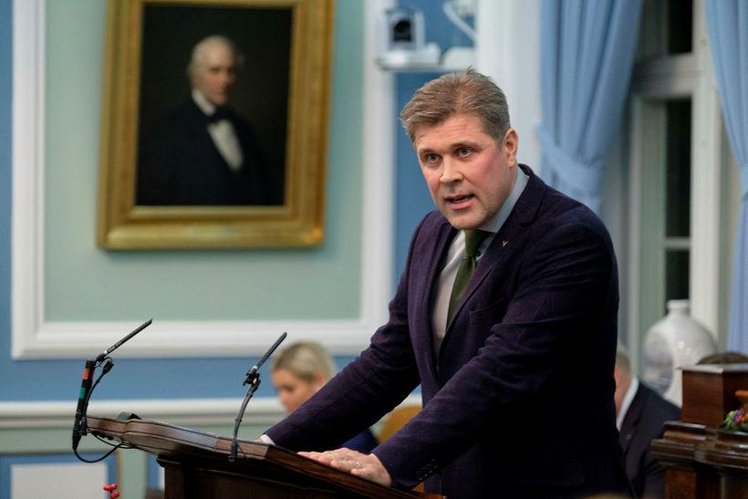 Bjarni Benediktsson, fjármála- og efnahagsráðherra, sagði vantrauststillögunni ætlað að koma ...
