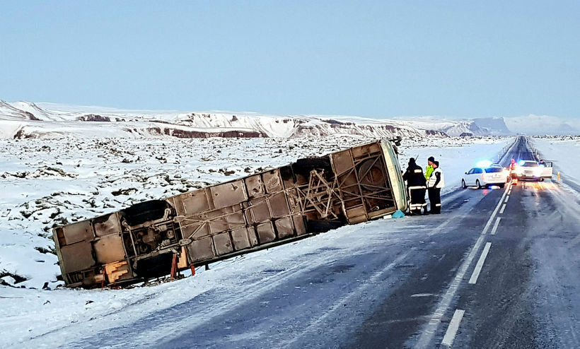 The coach skidded off the road after crashing into a …