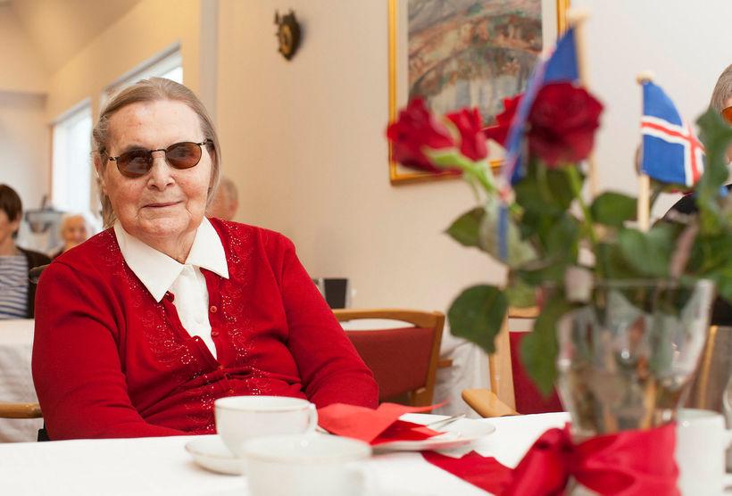 Jensína Andrésdóttir er látin, 109 ára að aldri. Hún náði ...