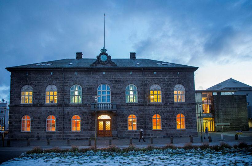 Ýmsir reikningar fyrir ferðaútgjöld innanlands sem stofnað var til á ...