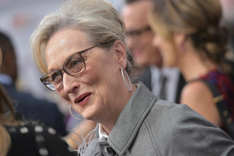 Hin sjötuga Meryl Streep hefur skartað hvítum lokkum að undanförnu.