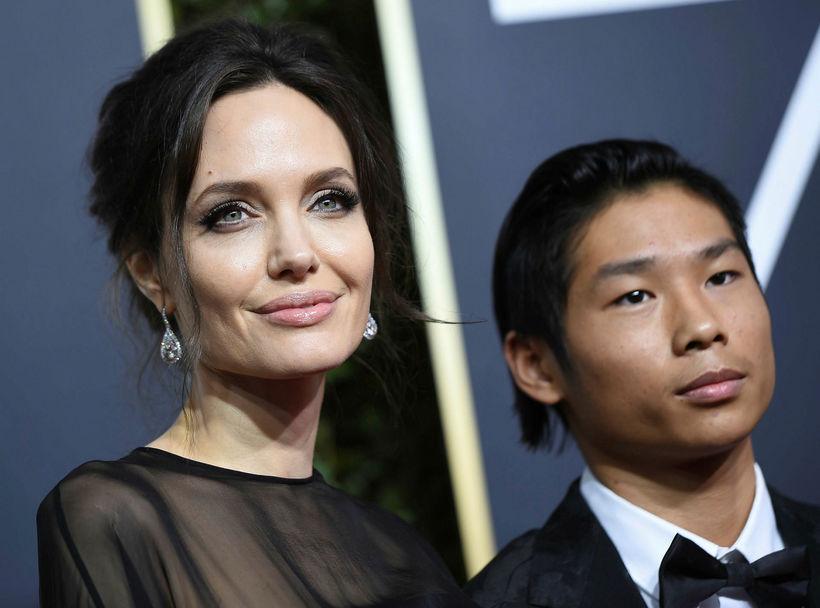 Angelina Jolie tók son sinn Pax með á Golden Globe.