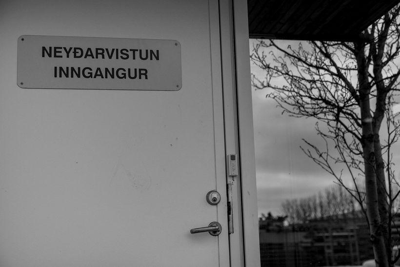 Í einhverjum tilvikum hefur þurft að vista börn sem glíma ...