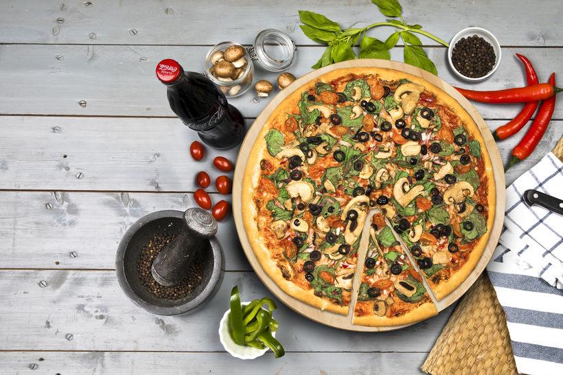 Veganpizzan frá Domino's er mjög vinsæl og þá sérstaklega í ...