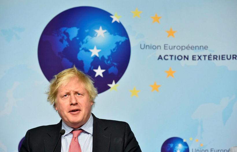 Utanríkisráðherra Bretlands, Boris Johnson, ræddi kjarnorkusamning við Írana á fundi ...