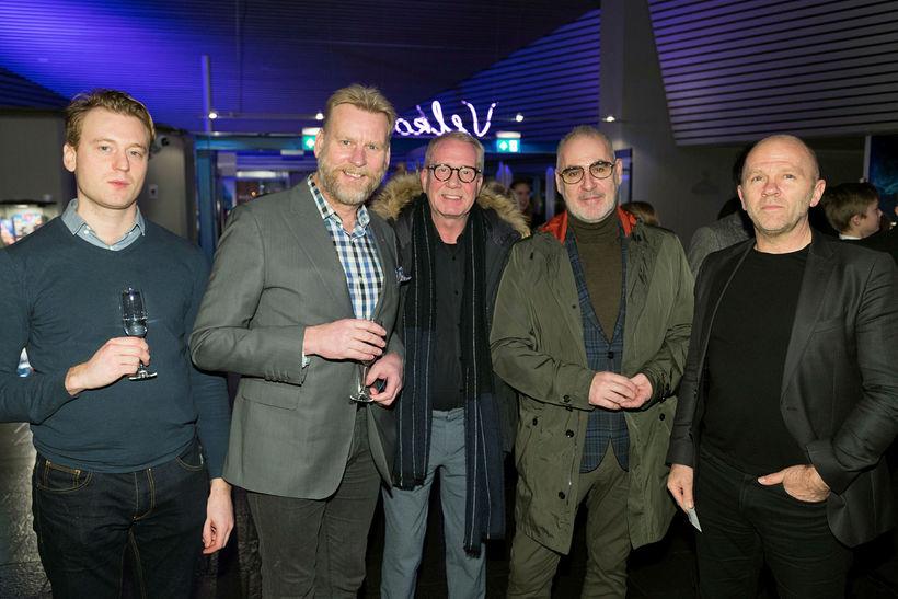 Oddur, Sigmundur Ernir, Viðar Eggertsson, Sveinn Kjartansson og Pétur Jónasson.