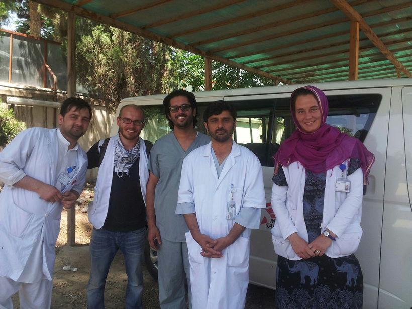 Helena ásamt vinnufélögum í Kunduz í Afganistan.