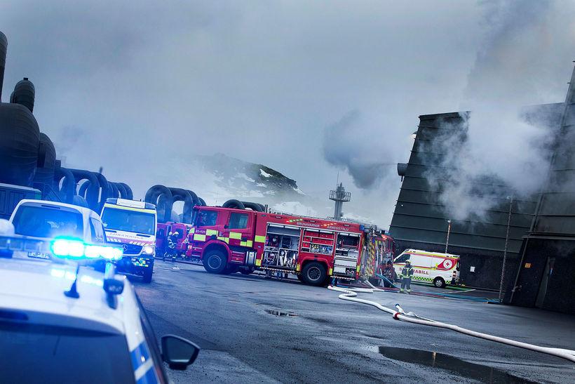 Tilkynning barst um eld í Hellisheiðarvirkjun um hálfellefuleytið í gærmorgun ...