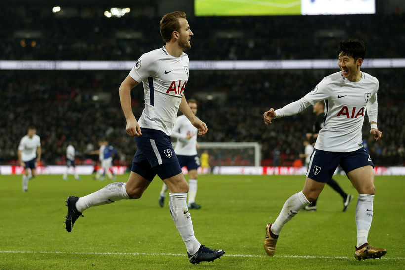 Harry Kane fagnar marki sínu fyrir Tottenham Hotspur gegn Everton ...