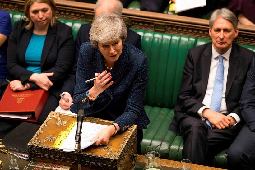 Theresa May á breska þinginu.