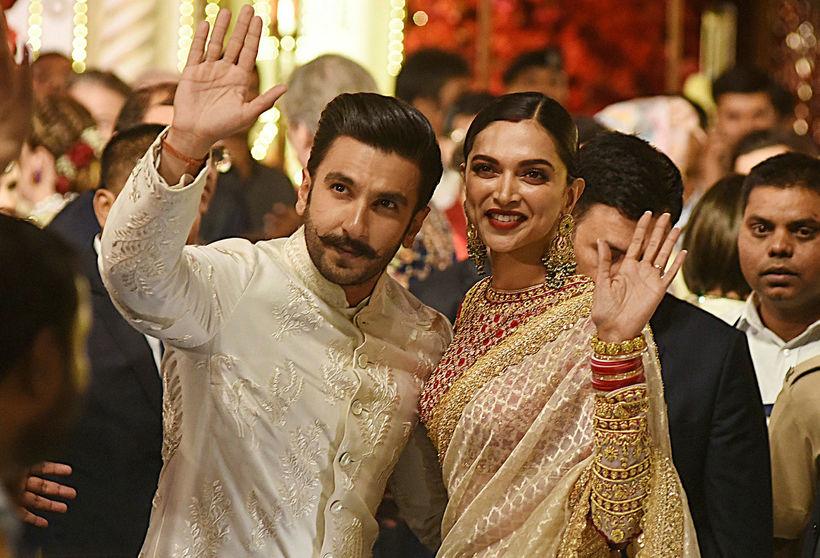 Bollywood leikararnir Ranveer Singh og Deepika Padukone mættu í brúðkaupið.