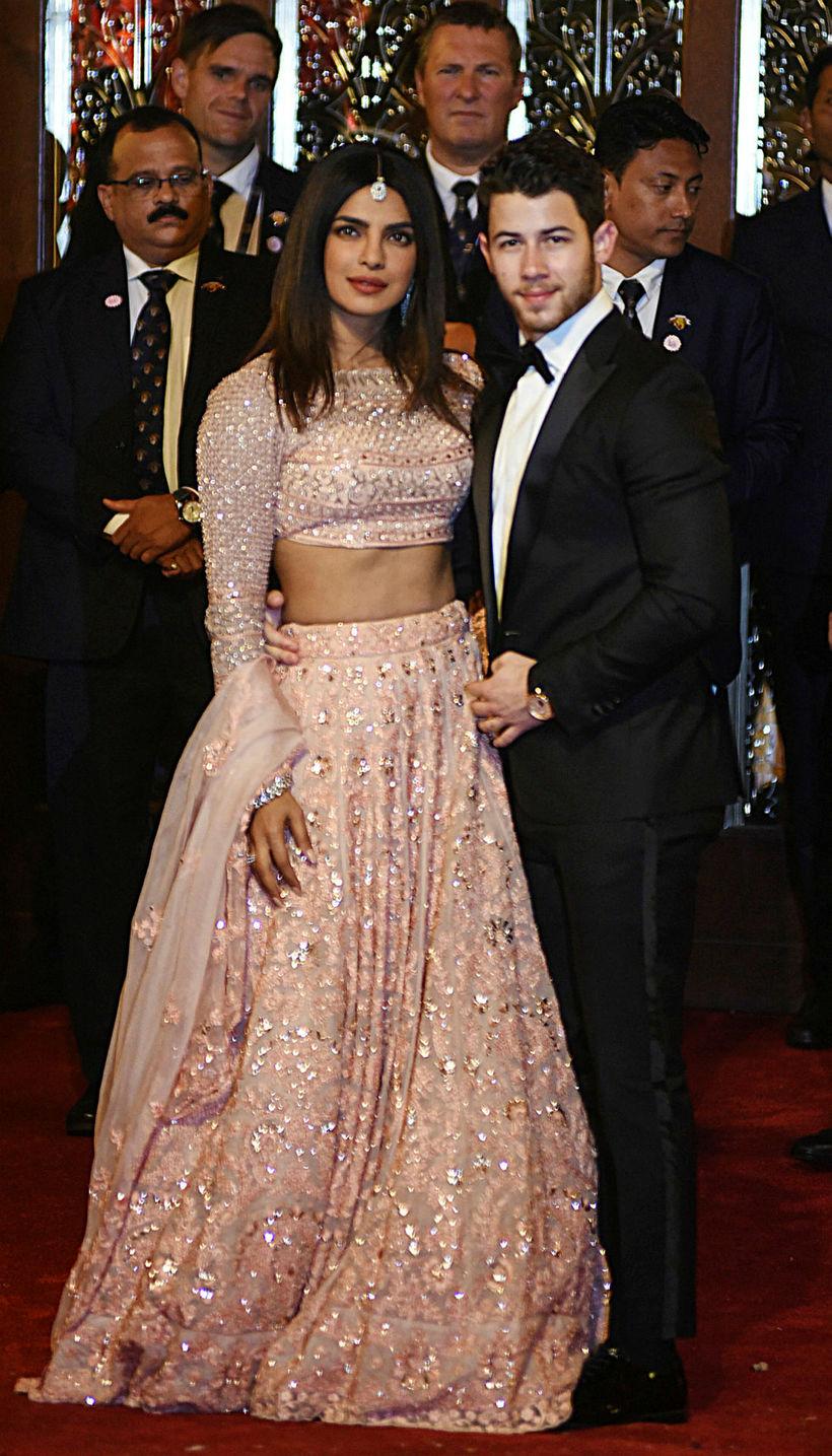Priyanka Chopra og Nick Jonas tóku þátt í hátíðarhöldunum.