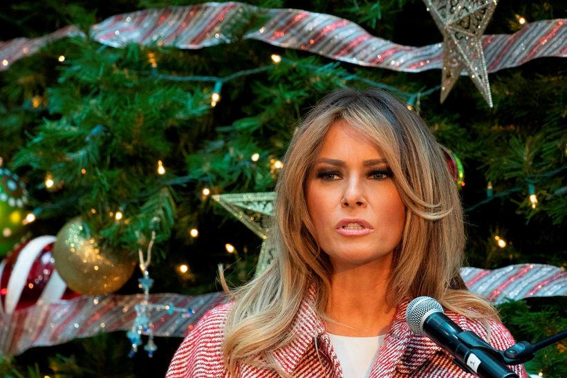Melania Trump er komin með ansi ljósa lokka.