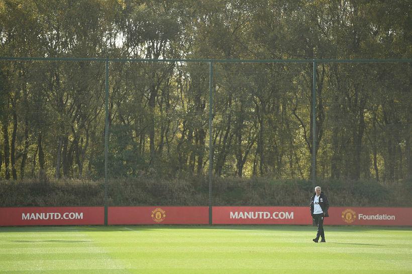 José Mourinho hefur lokið störfum fyrir Manchester United.
