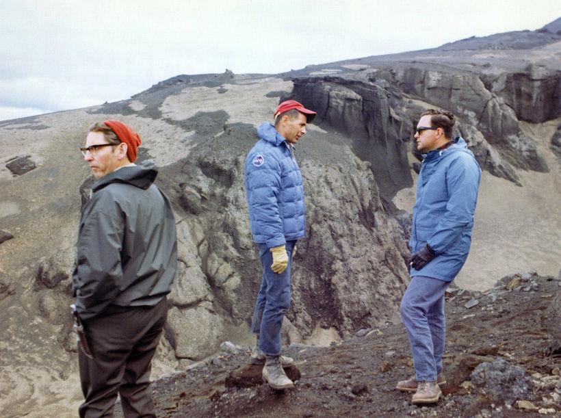 Sigurður Þórarinsson jarðfræðingur, Bill Anders úr áhöfn Apollo 8 og ...