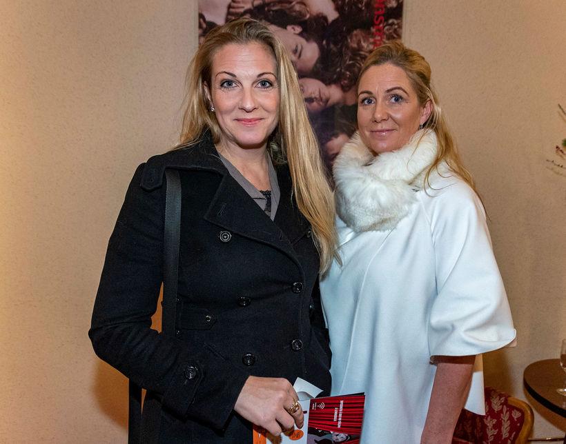 Systurnar Þórunn Lárusdóttir og Ingibjörg Lárusdóttir.
