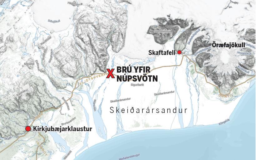 Búið er að ræða við báða bræðurna sem komust lífs ...