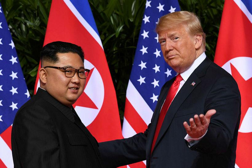 Donald Trump og Kim Jong-un áttu sögulegan fund í júní ...