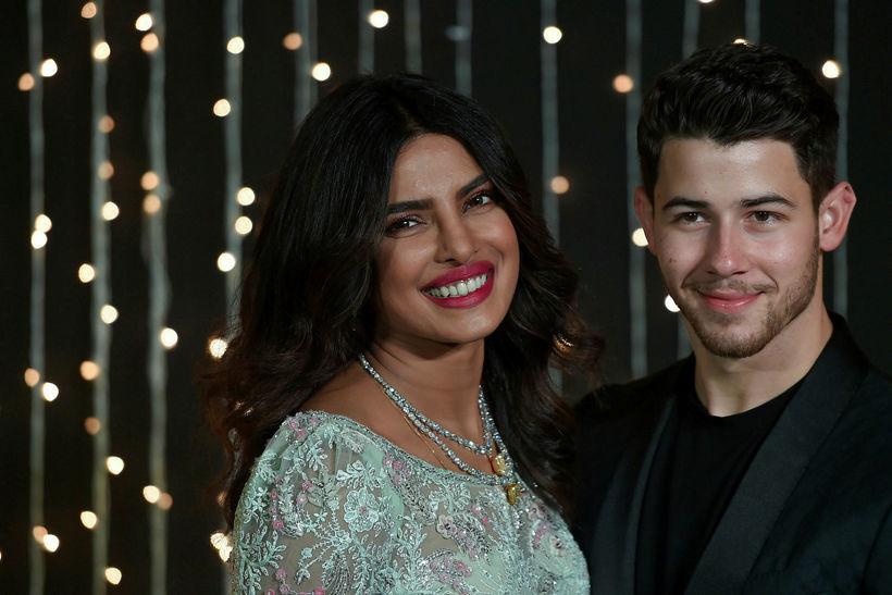Nick Jonas er giftur leikkonunni Priyönku Chopra.