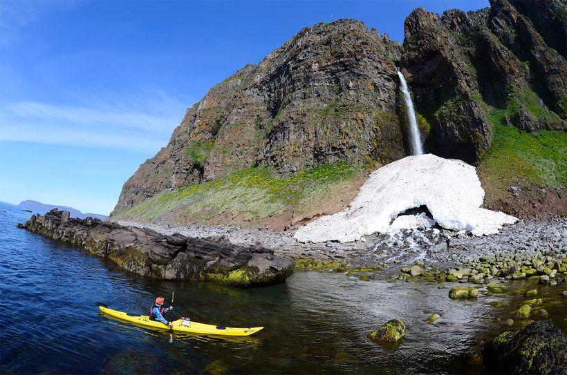 Borea Adventures býður meðal annars upp á kajakferðir á Vestfjörðum.
