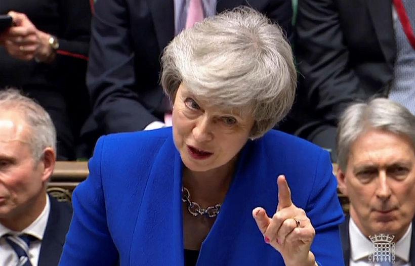 Theresa May, forsætisráðherra Bretlands, sat fyrir svörum á breska þinginu …