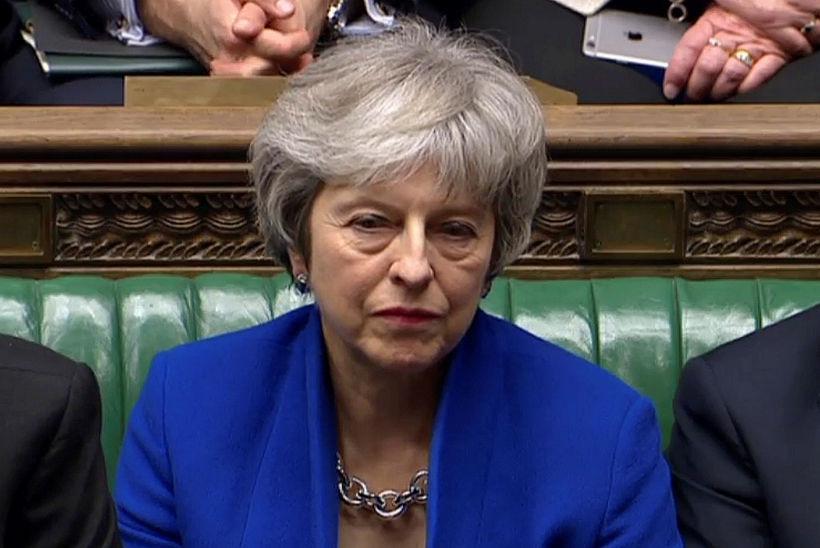 Theresa May, forsætisráðherra Bretlands, í breska þinginu í kvöld þegar ...