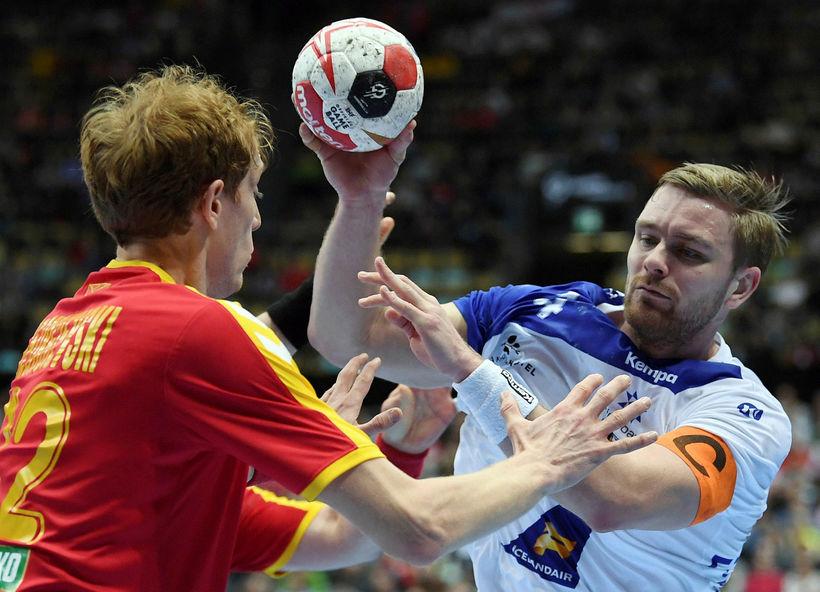Aron Pálmarsson scored two goals in yesterday's match.