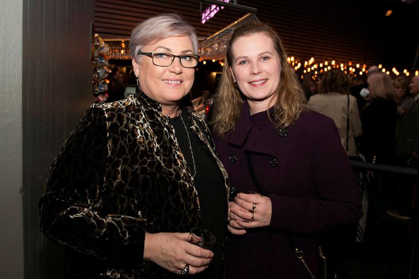 Hrefna Sigurðardóttir og Elísabet Ýr Sigurðardóttir.