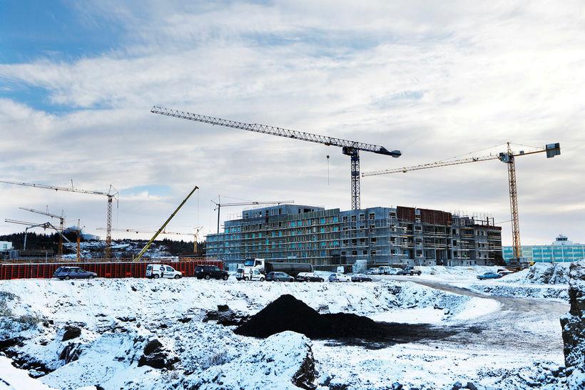 Valsmenn og aðrir framkvæmdaaðilar á Hlíðarenda lýstu sig jákvæða í ...