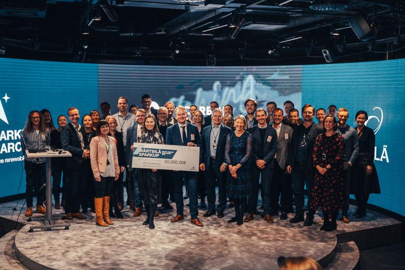 Íslenska tæknifyrirtækið Carbon Recycling International fagnaði sigri í Finnlandi í ...