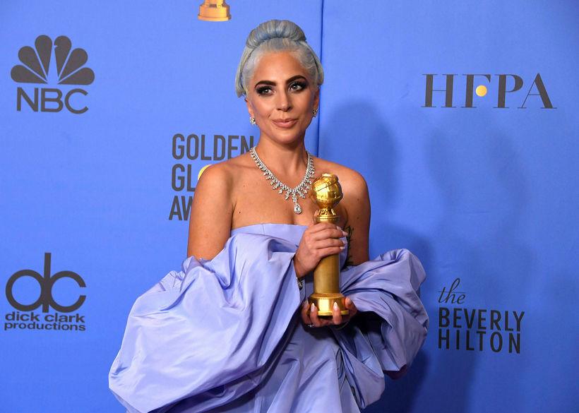 Lady Gaga hafði betur en Jónsi á Golden Globe-verðlaununum.
