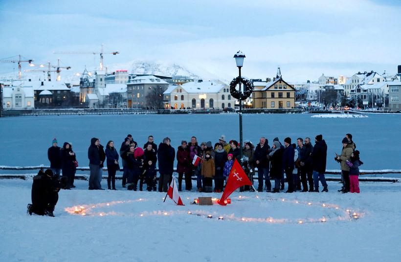 Samtök Pólverja á Íslandi heiðruðu minningu borgarstjóra Gdansk við fallega ...