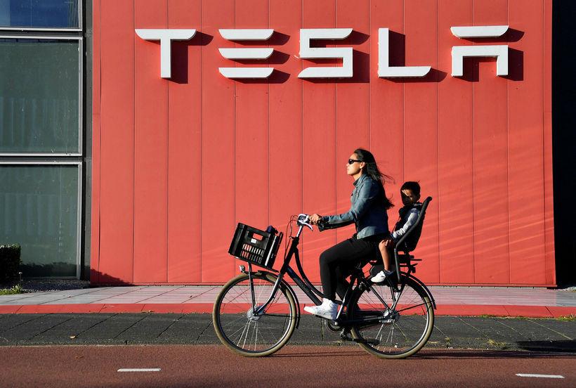 Tesla hefur ákveðið að kaupa rafhlöðuframleiðandann Maxwell. Mynd frá útibúi ...