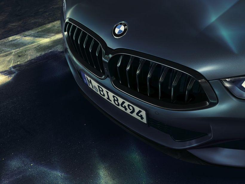Flaggskip BMW, bíllinn BMW 850i xDrive Coupe.