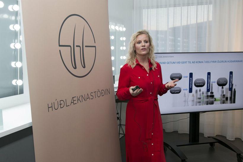 Jenna Huld húðlæknir kynnti vörurnar.