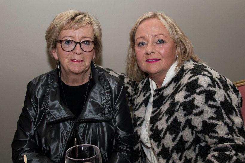 Valgerður Sigurðardóttir og Björg Sigurðardóttir.