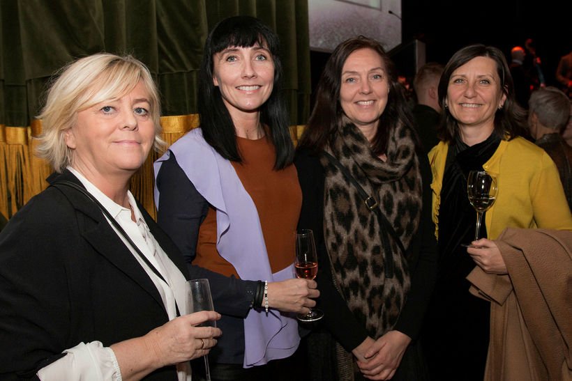 Birna Einarsdóttir, Rut Gunnarsdóttir, Jóhanna Gunnarsdóttir og Sigríður Olgeirsdóttir.