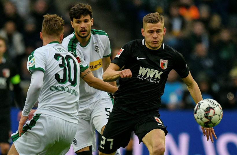 Alfreð Finnbogason fór af velli á 68. mínútu gegn Werder ...