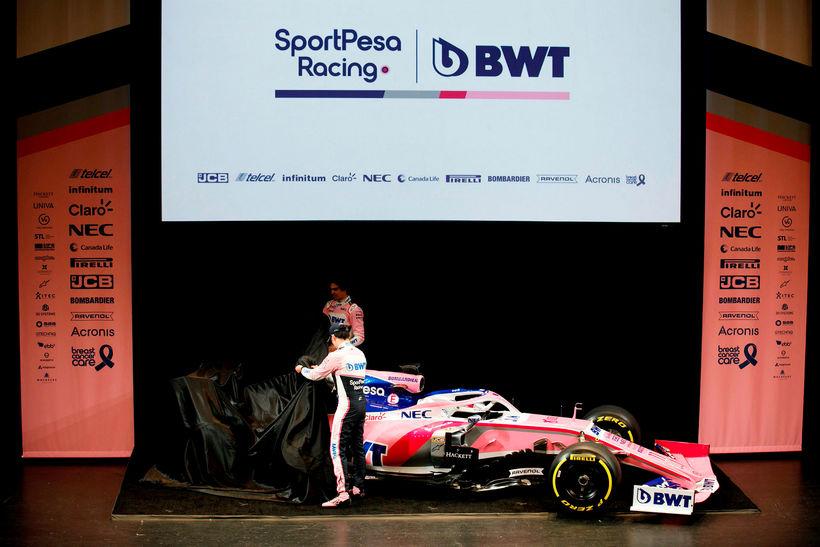 Sergio Perez, nær, og Lance Stroll svipta bíl Racing Point …