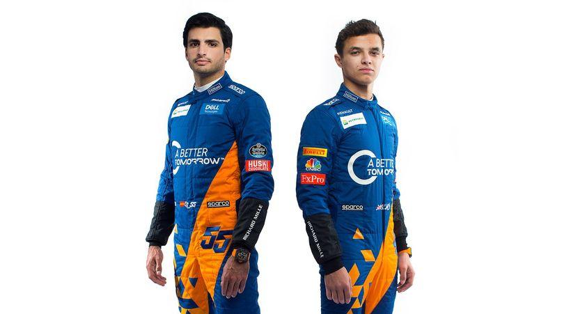 Carlos Sainz (t.v.) og Lando Norris keppa fyrir McLaren í …