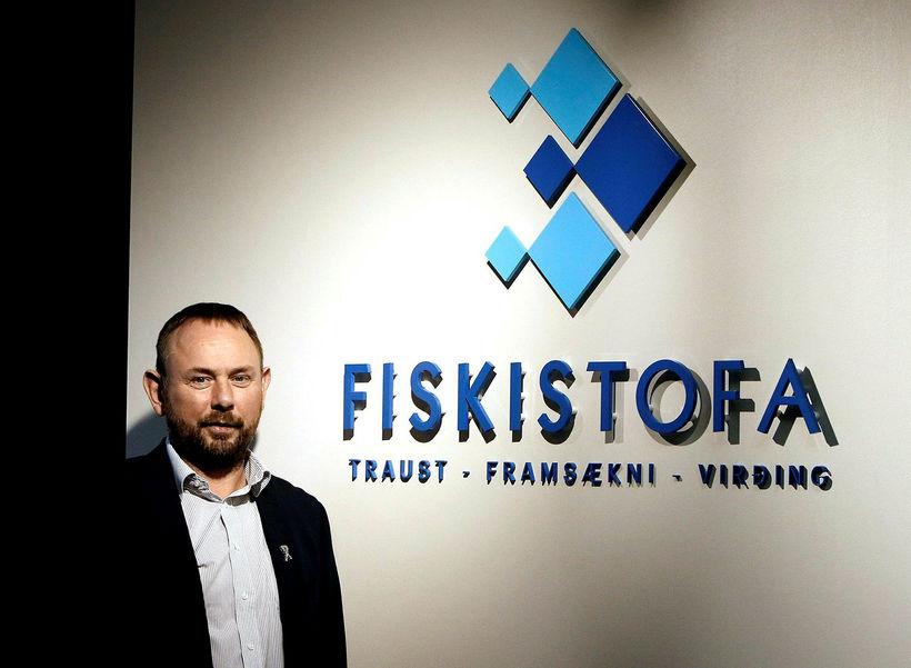 Á Akureyri. Eyþór Björnsson, fiskistofustjóri, í húsnæði Fiskistofu í Borgum. ...