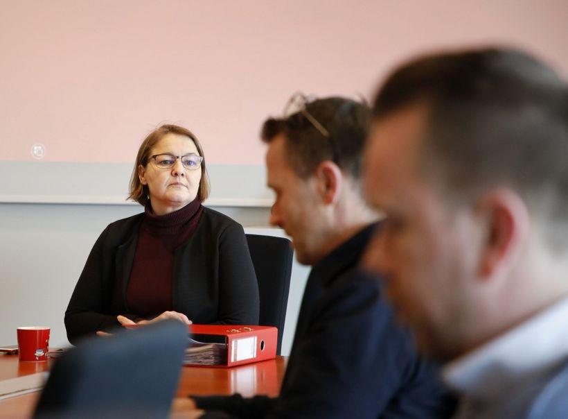 Drífa Snædal, forseti ASÍ, kynnir tillögur ríkisstjórnar fyrir samninganefndinni.