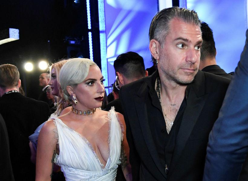 Lady Gaga og Christian Carino á Screen Actors Guild Awards ...