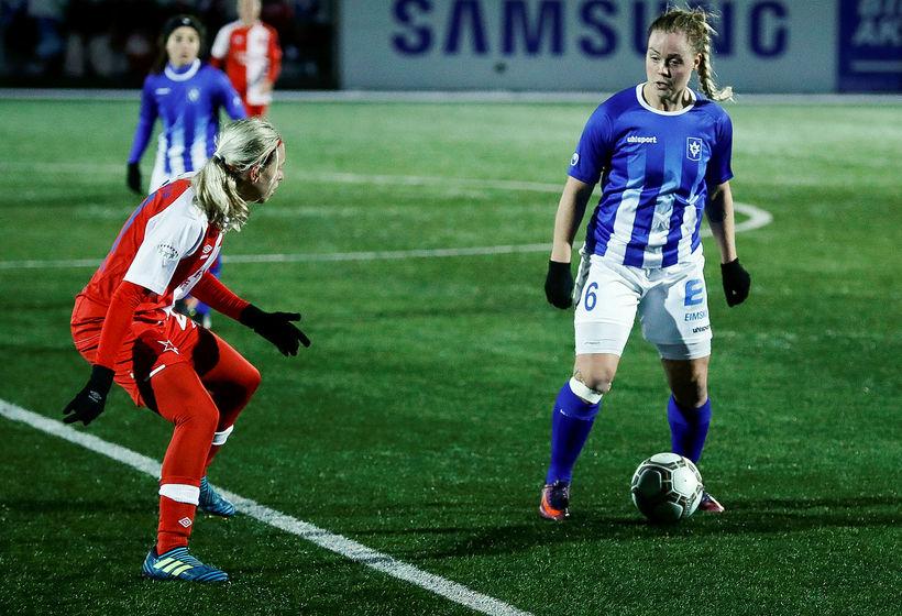 Miðjumaðurinn Lára Kristín Pedersen er komin til Þórs/KA frá Stjörnunni.