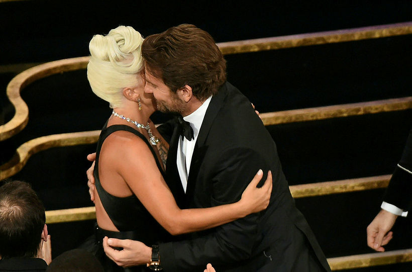 Lady Gaga og Bradley Cooper vöktu athygli á Óskarnum fyrir ...