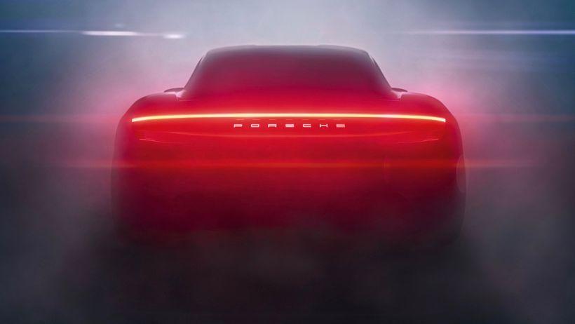 Porsche Taycan verður frumsýndur í september.