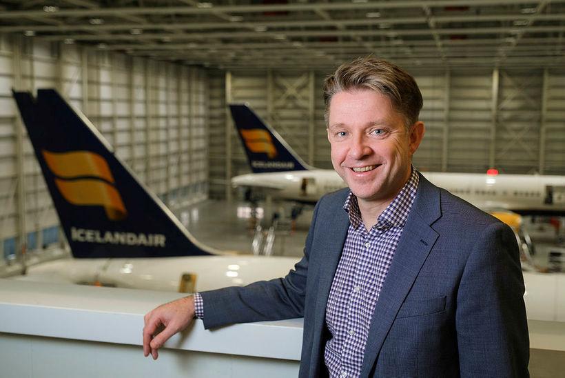 Bogi Nils Bogason, forstjóri Icelandair, segir að aðkoma að WOW ...