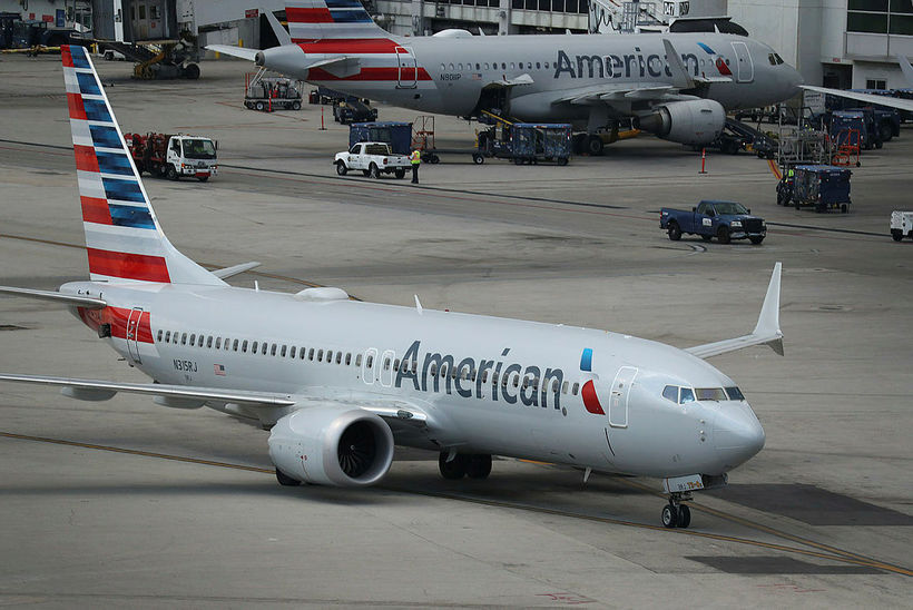 Boeing 737 MAX-8 farþegaþota í eigu bandaríska flugfélagsins American Airlines.