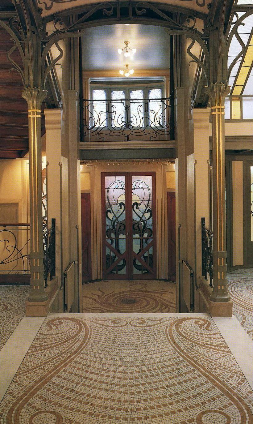 Art Nouveau-stíllinn ræður ríkjum á Hotel Tassel.