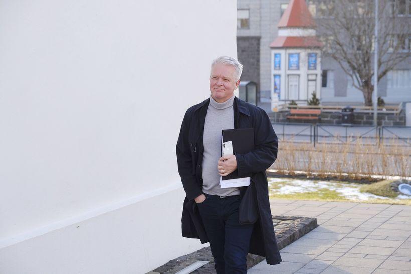 Guðmundur Árnason, ráðuneytisstjóri í fjármálaráðuneytinu, að fundinum loknum.